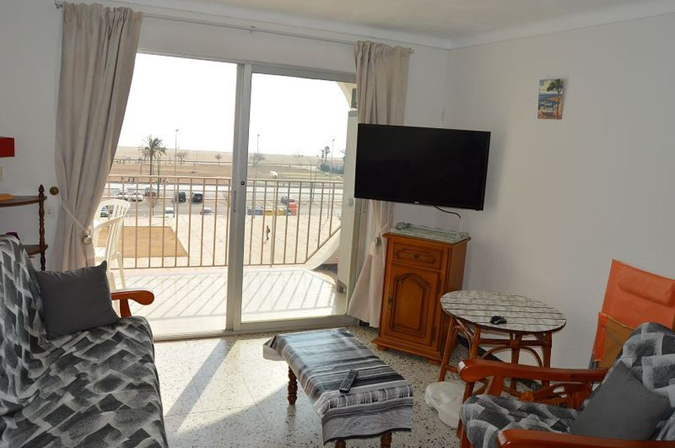 Empuriabrava, Apartment with 2 bedrooms and views to the Bay of Roses