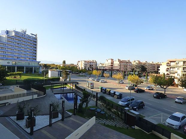 Cristal Mar, spacious holiday flat with stunning views at the bay