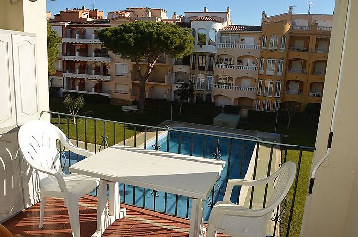Empuriabrava, Holiday apartment with community pool in Gran Reserva
