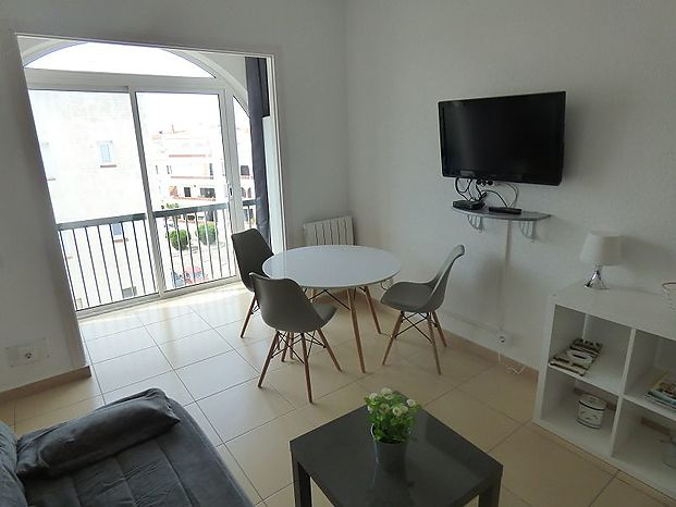 Beautiful apartment in Empuriabrava, totally renovated