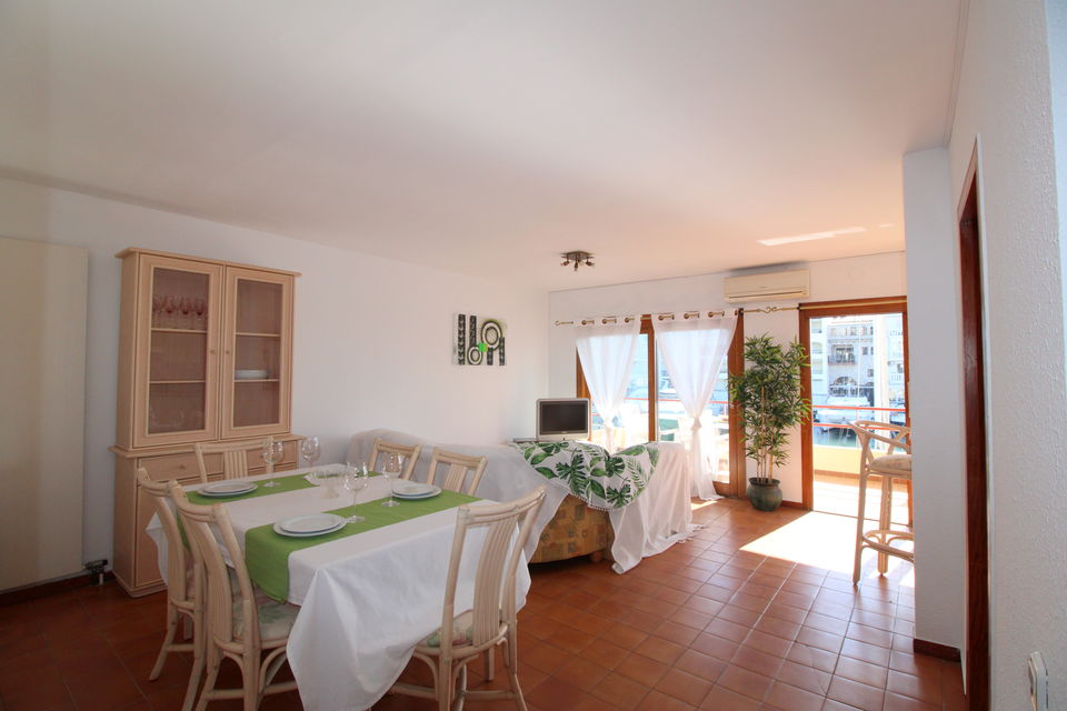 Apartmentfor sale in Empuriabrava of 80 m2