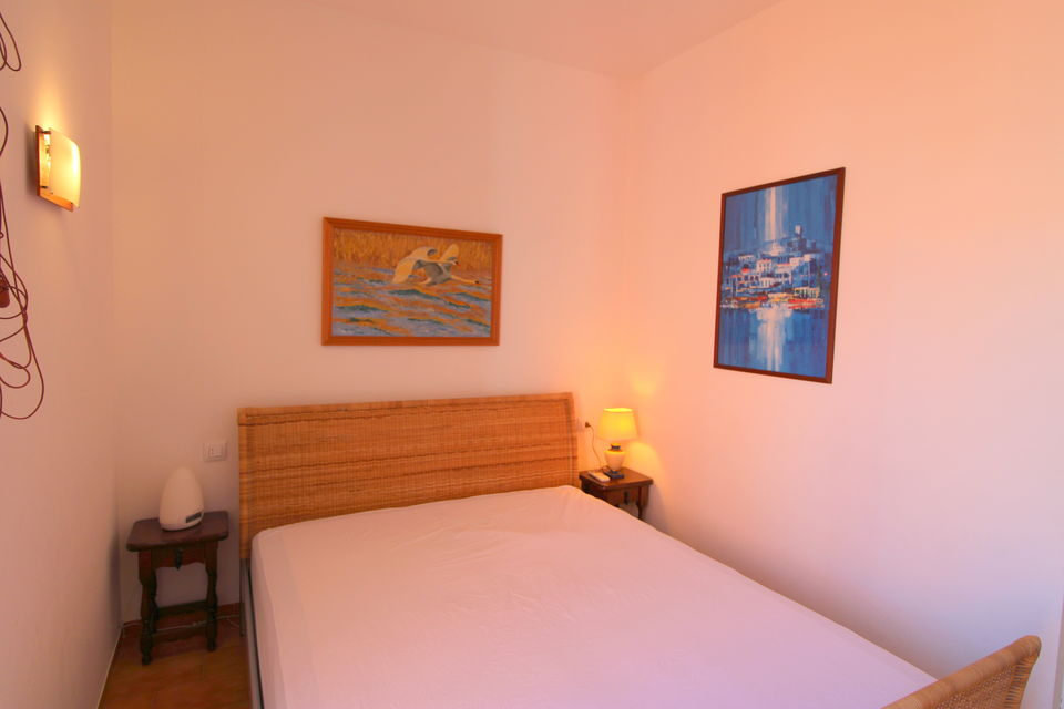 Bonito apartamento cerca de la playa con parking privado
