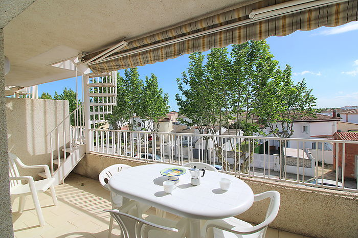 Nice apartment with large terrace