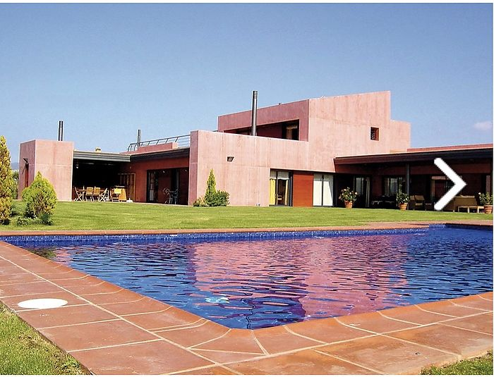 Luxurious villa in the golf area of ​​Peralada