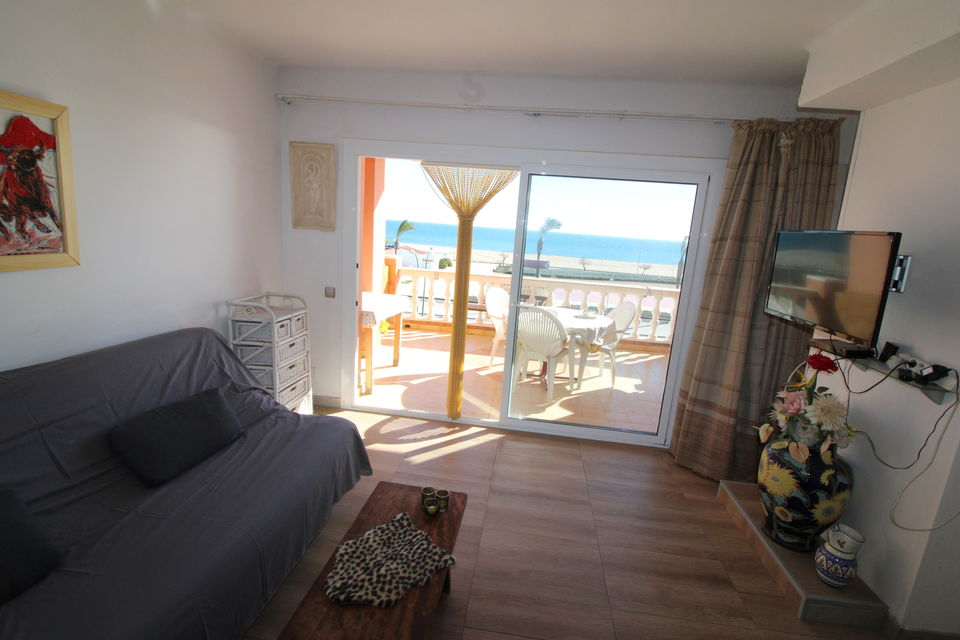 Empuriabrava, Apartment of 3 bedrooms with seaview