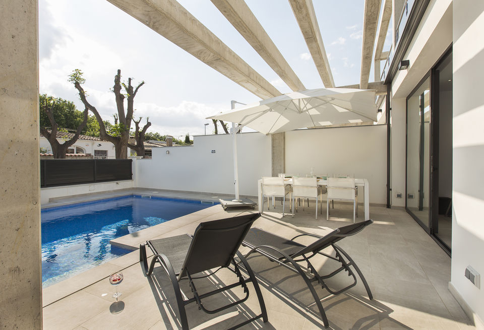 House for rent in Empuriabrava with 3 bedrooms